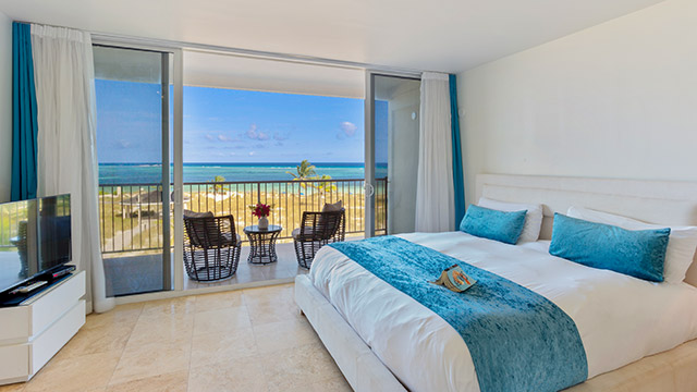 2 Bedroom Corner Beachfront Suite At East Bay Resort On South Caicos Island