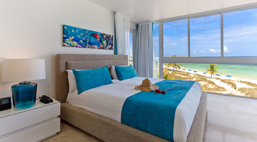 1 Bedroom Deluxe Beachfront Suites At East Bay Resort